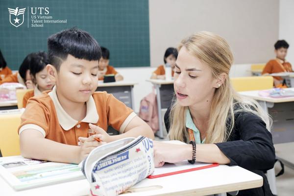các trường quốc tế phù hợp với học sinh thế kỷ 21?
